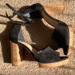 Vince Camuto Peep toe platform heels
